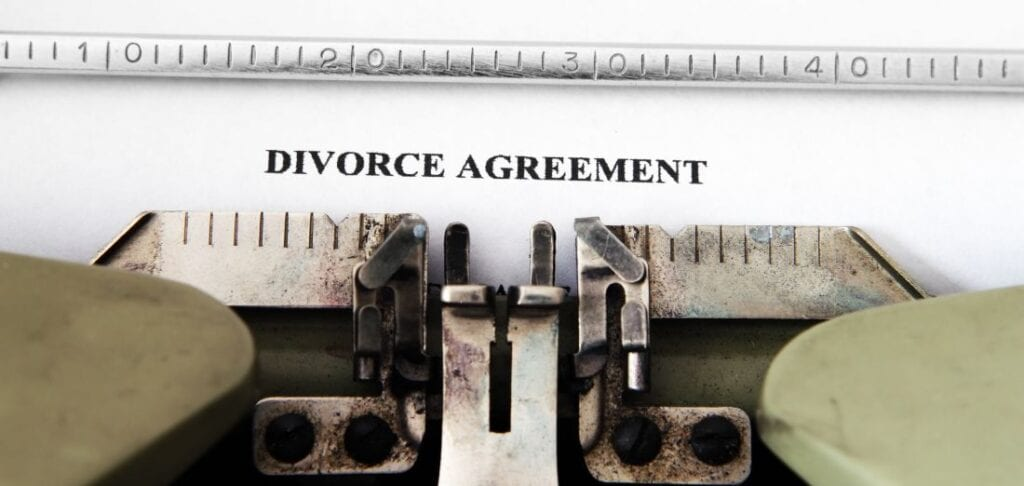 Picture of an example divorce settlement agreement.